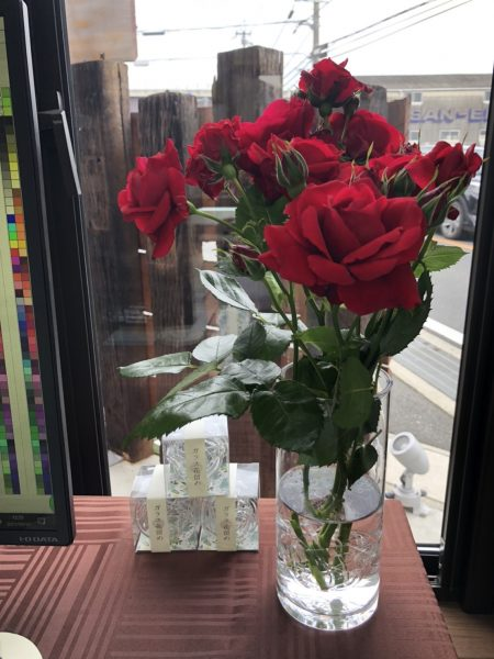 バラ 一輪挿し 花瓶