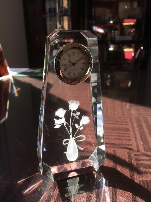 【3D彫刻】クリスタル時計