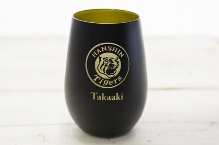 【阪神タイガース ドイツ製メタルタンブラー ペア】2021年限定の承認グッズ!記念日の贈り物にも♪