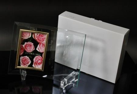 オリジナル彫刻ガラスフォトフレーム 紙箱入り 【横型】