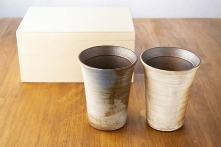 ペア 名入れ 彫刻 信楽焼 玄 木箱入り フリーカップ 誕生日 プレゼント 贈り物 記念日 ギフト